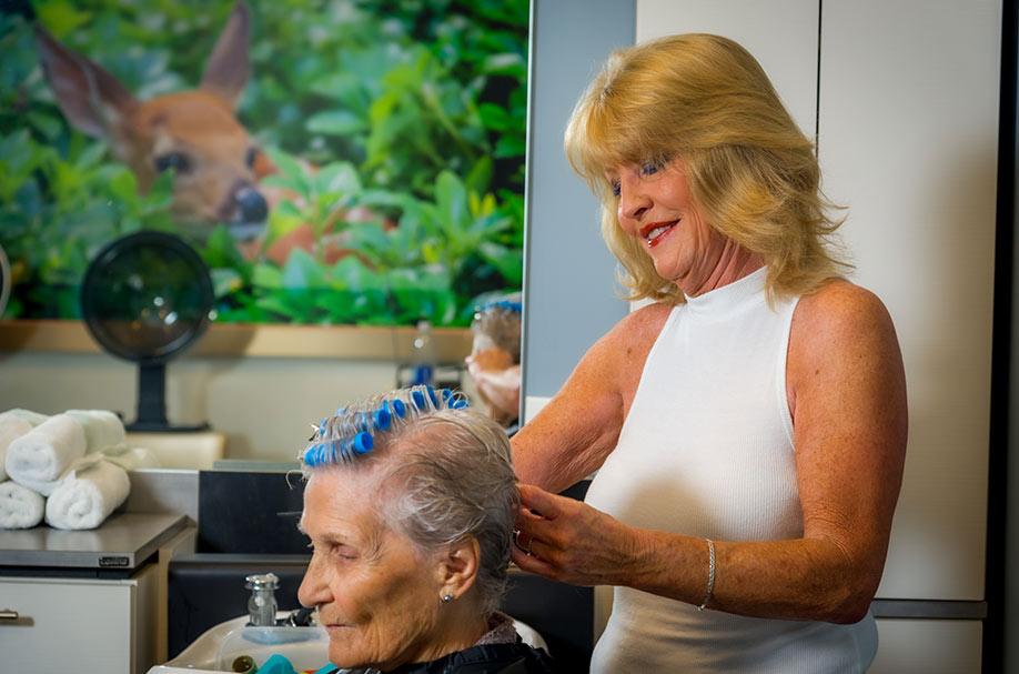 Professional Senior Hair Styling Services | Salon Professionals